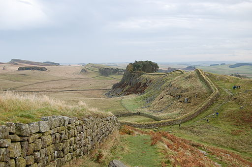 Hadrian's Wall west of Housesteads 3